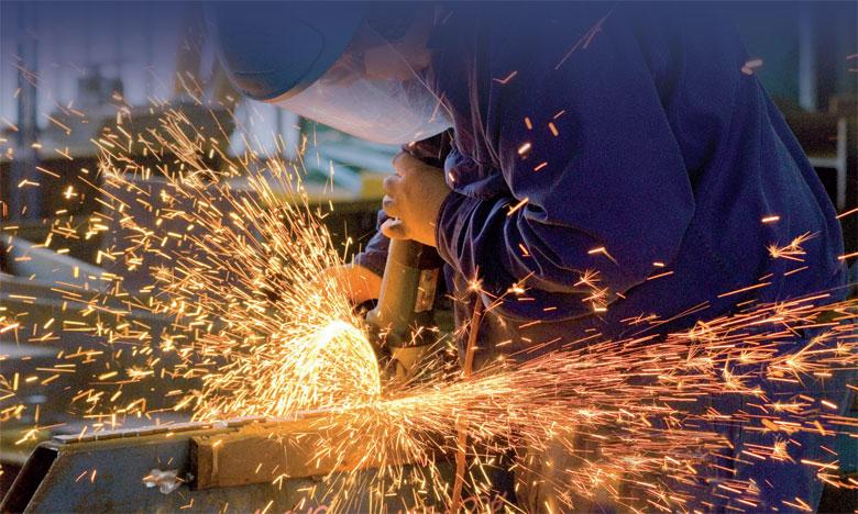 L'activité industrielle est bien orientée, avec une hausse de la production et des ventes, selon les chefs d'entreprises.