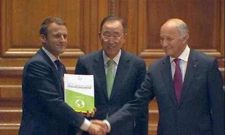 Un projet de «pacte mondial» remis au président français