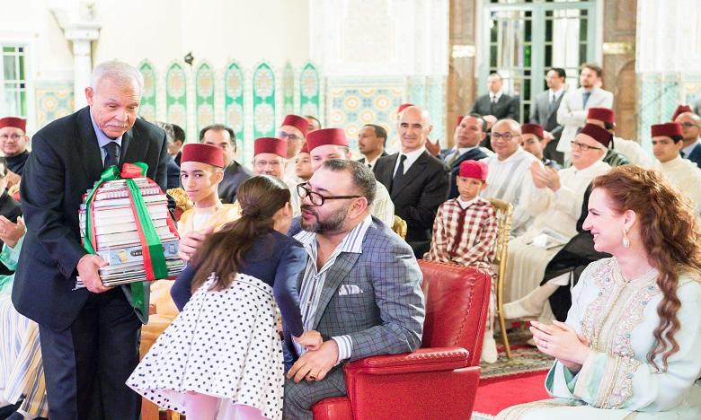 S.M. le Roi préside à Casablanca la cérémonie  de fin d'année scolaire de l'École royale