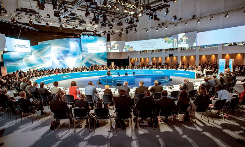 Les ministres des Transports des pays membres du FIT recommandent une connectivité au service d'une économie mondialisée et d'une société inclusive.