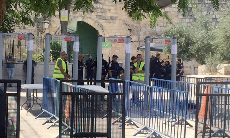 Malgré l'annonce israélienne, les autorités musulmanes à Jérusalem ont demandé aux fidèles de maintenir le boycott du Noble Sanctuaire.