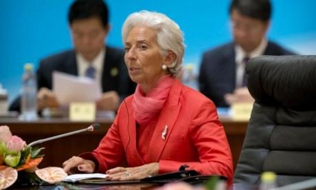 Les incertitudes politiques font peser les risques sur l'économie
