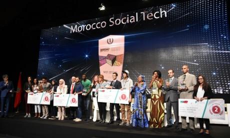 Les gagnants du Hackathon Morocco Social Tech du Groupe Le Matin accompagnés par la CFCIM