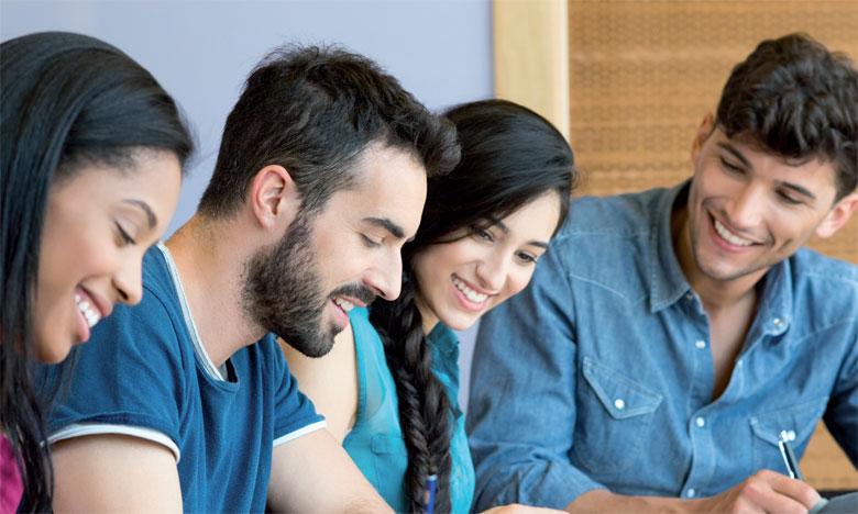 L'expérience à l'étranger permet non seulement de développer de nouvelles compétences mais également de s'ouvrir sur de nouvelles cultures et d'autres méthodes de travail.