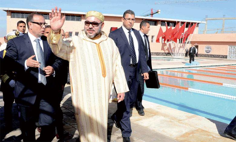 23 décembre 2016: S.M. le Roi Mohammed VI a procédé, à Marrakech, à l'inauguration de la piscine du quartier «M'hamid»,  un projet réalisé dans le cadre de l'Initiative nationale pour le développement humain. Ph. MAP