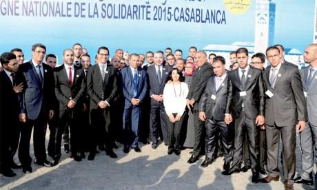 8 janvier 2015 : S.M. le Roi lance la Campagne nationale de solidarité à Casablanca et inaugure le Centre des très petites entreprises solidaires. Ph. MAP