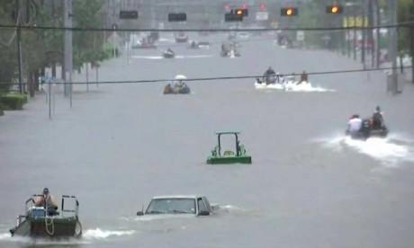 Sous les eaux, Houston attend des pluies encore plus fortes