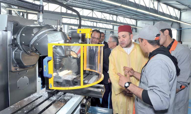 6 mai 2011: S.M. le Roi Mohammed VI a procédé, à Casablanca, à l'inauguration de l'Institut  des métiers de l'aéronautique.Ph. MAP