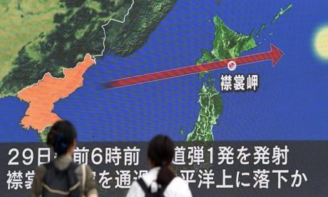 La Corée du Nord tire un missile balistique au-dessus du Japon