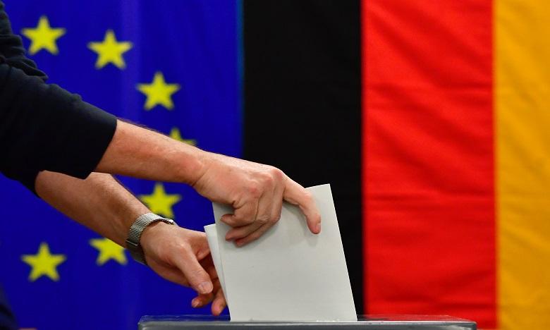 Les bureaux de vote pour les élections législatives en Allemagne ouverts jusqu'à 18h00