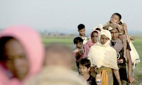 Au moins 370.000 Rohingyas ont fui vers le Bangladesh  depuis fin août