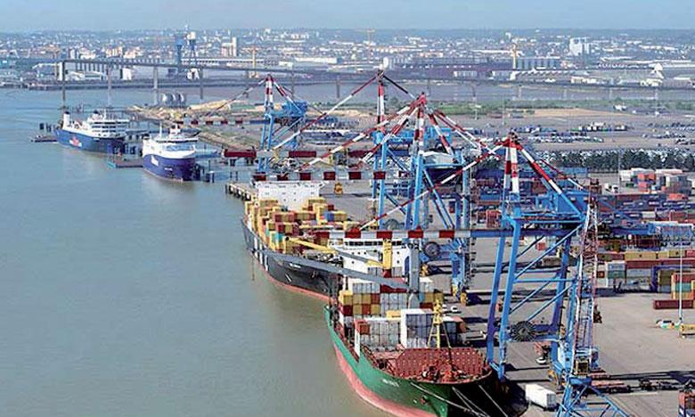 Environ 90% du trafic total de fret maritime méditerranéen se produisent entre les ports du Nord.