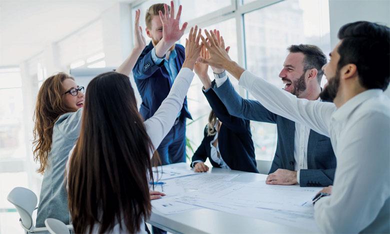 Certaines qualités permettent indéniablement de faire sa place dans une équipe, telles que la bonne humeur, la cordialité, le sens de l'écoute et surtout l'humour.