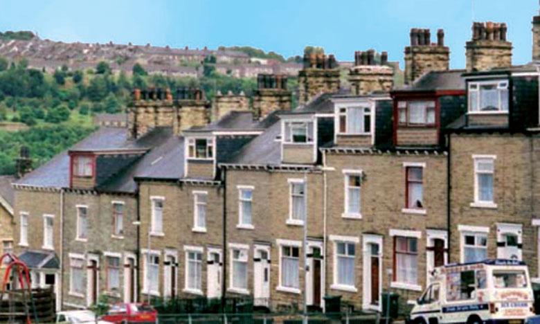 Les prix des logements en Grande-Bretagne ont enregistré en septembre  leur plus faible hausse en plus de quatre ans.