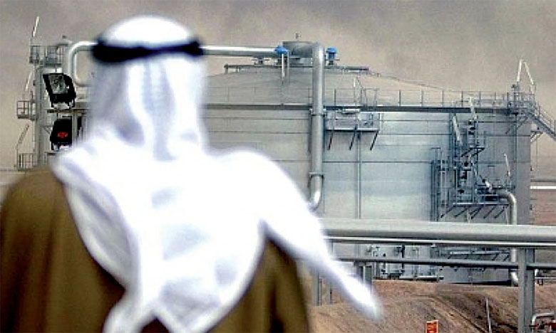 La croissance globale dans les pays exportateurs de pétrole de la région devrait atteindre son point le plus bas à savoir 1,7% en 2017, en raison de la baisse de la production de pétrole dans le cadre de l'accord de l'OPEP.