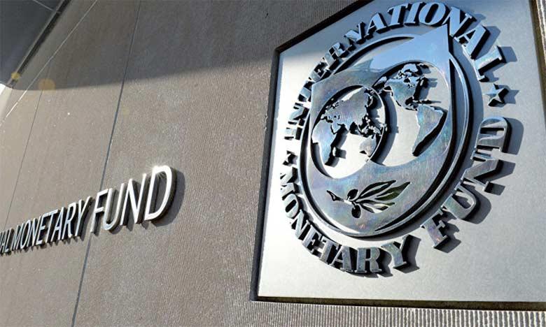 À l'instar des années du Programme d'ajustement structurel, le suivi des décisions politiques a toujours besoin d'une intervention externe telle que celle du FMI ou de la Banque mondiale.
