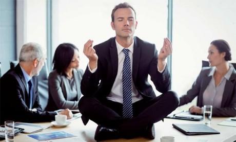 La méditation par le vide entraîne en quelque sorte notre mental et notre esprit à s'enfermer dans une espèce de bulle protectrice.