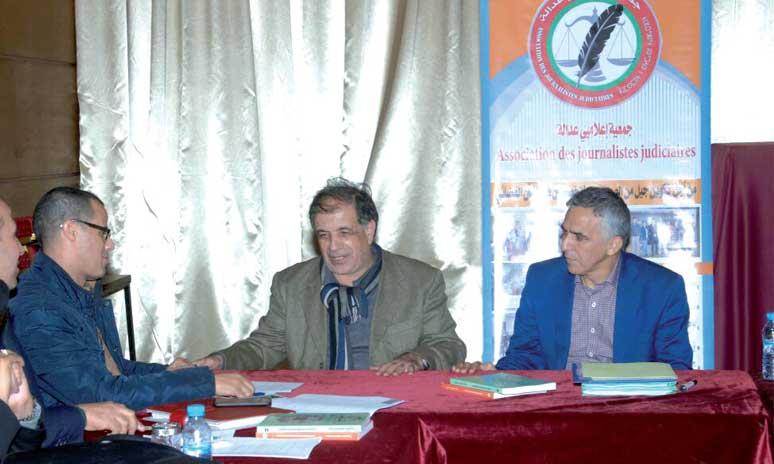 Le CNDH et l'Association des journalistes judiciaires promeuvent les «conditions du procès équitable»