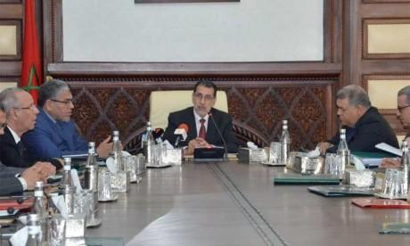 Le Chef gouvernement salue hautement les positions fermes, les démarches inlassables et les actions fortes de S.M. le Roi Mohammed VI, Président du Comité Al-Qods