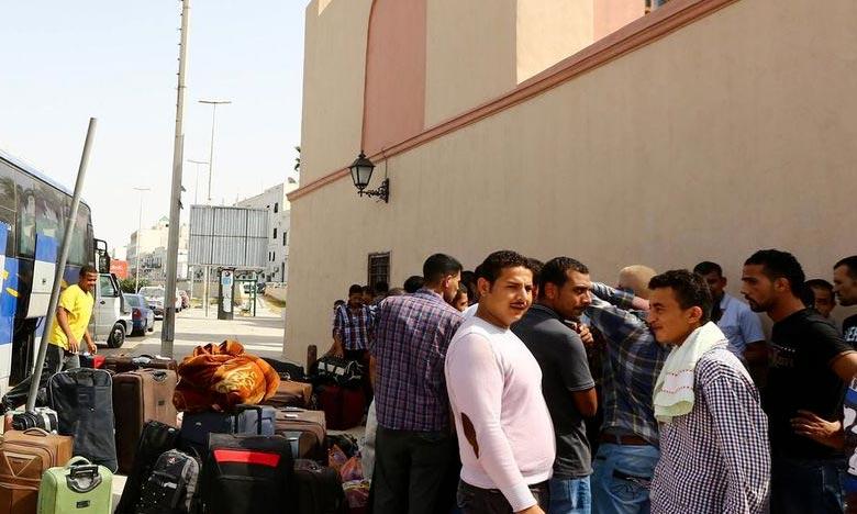 Le ministère a veillé à assurer les conditions logistiques nécessaires au transfert des marocains bloqués en Libye. Ph : AFP