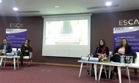 Entreprendre au féminin: lorsque les femmes  s'imposent par le leadership