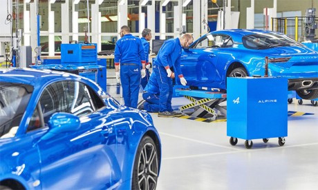 Renault relance à Dieppe la production de sa célèbre Alpine