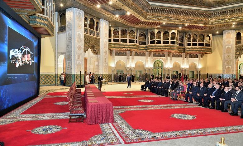S.M. le Roi préside à Casablanca la cérémonie de lancement de 26 investissements industriels dans le secteur de l'automobile, d'un montant global de 13,78 milliards de DH