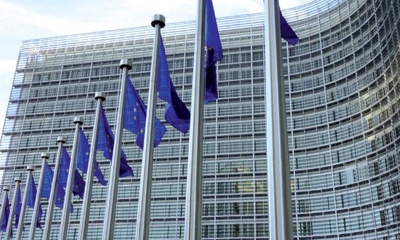 L'UE interdit la surfacturation appliquée aux cartes