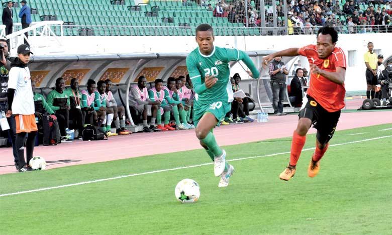 Les Burkinabés et les Angolais devront attendre leurs prochaines  rencontres pour faire un pas vers les quarts de finale.  Ph. Saouri