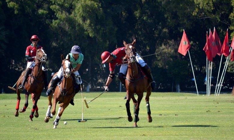L'équipe de Polo de la Garde Royale remporte le tournoi international au Nigeria