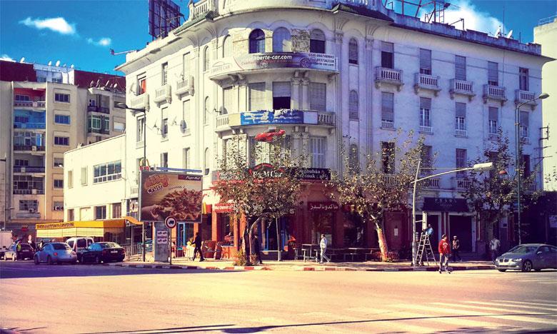 Plusieurs édifices au style art déco ont tout bonnement «disparu» du paysage architectural de la ville.