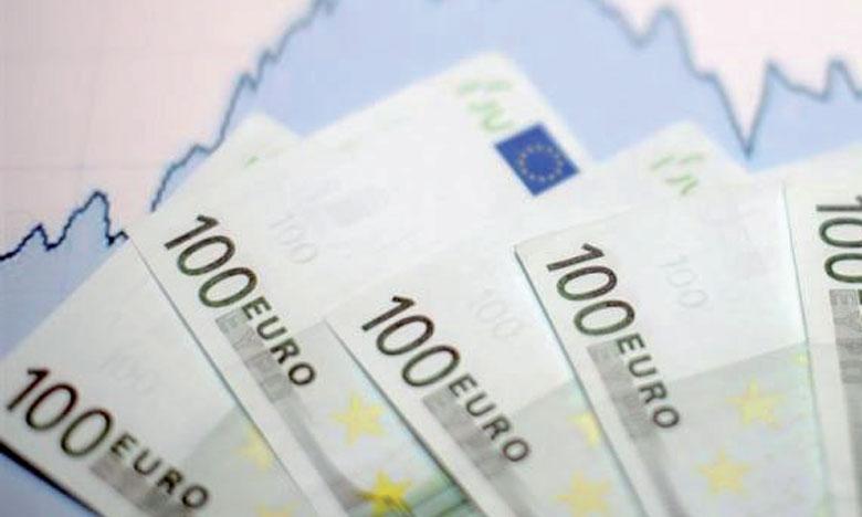 Les opérations de prêts et emprunts se sont soldées par des entrées nettes de 4,4 milliards d'euros.