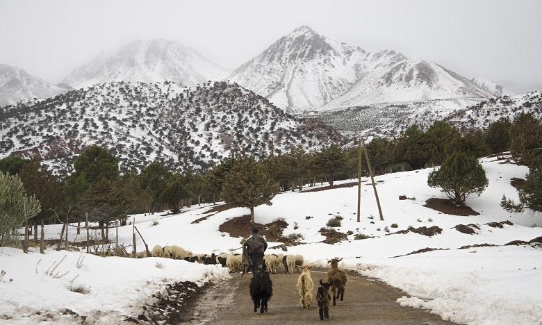 Des chutes de neige et persistance du temps froid jusqu'à mercredi