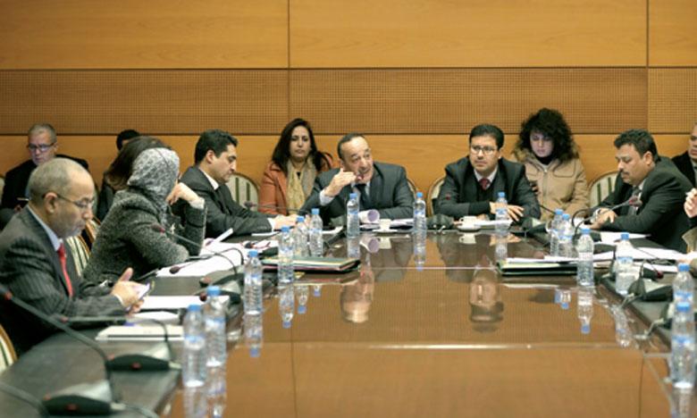 Examen du projet de loi portant réorganisation de l'Agence Maghreb arabe presse
