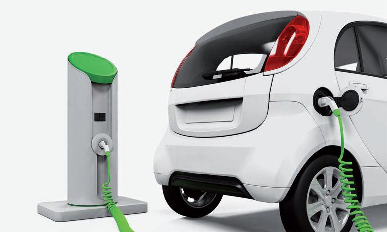 Près de 61% des obligations climatiques, qui pèsent 895 milliards de dollars, sont consacrées à des projets de transport écologique.