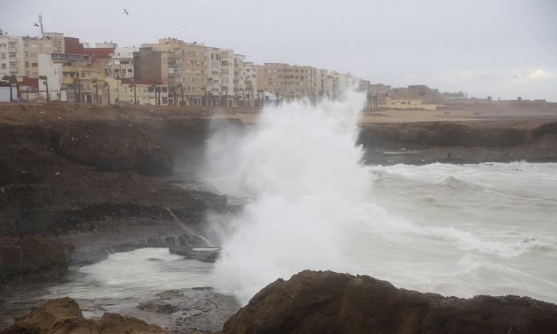 Des vagues de plus de 5m attendues aujourd'hui sur la côte Atlantique