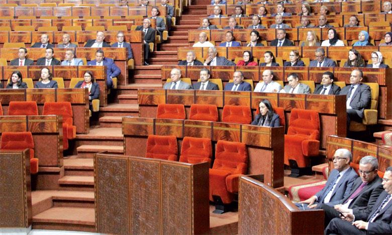 Le plafonnement des revenus des hauts fonctionnaires et l'interdiction du cumul  des indemnités par les élus en stand-by