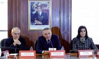 Passation des pouvoirs entre MM. Elalamy et Fassi Fihri, ministre de l'Aménagement du territoire, de l'urbanisme, de l'habitat et de la politique de la ville...