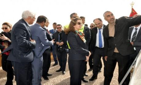 Charafat Afailal visite le chantier de protection de la ville contre les inondations