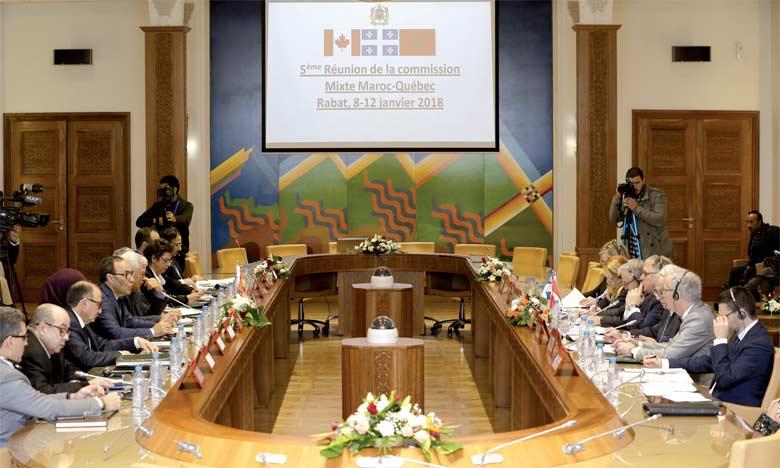Volonté commune de renforcer les relations bilatérales sur le plan politique, économique et environnemental