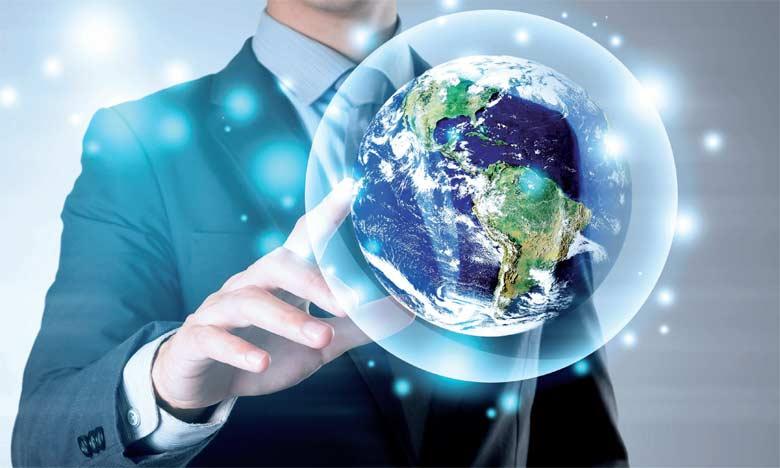 La RSE est en réalité la déclinaison des principes du développement durable, à caractère macro-économique, en un ensemble de pratiques au sein de l'entreprise.