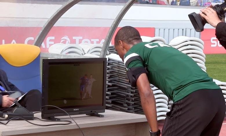 L'assistance vidéo à l'arbitrage (VAR) (Video Assistant referee), est utilisée pour la première fois en Afrique lors de la Supercoupe de la CAF, qui oppose le Wydad Athletic Club de Casablanca aux Congolais du TP Mazembe de Lubumbashi. Ph : DR