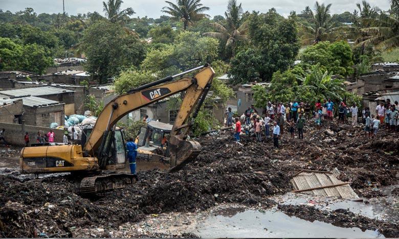 Effondrement d'une décharge : Dix-sept personnes tuées au Mozambique