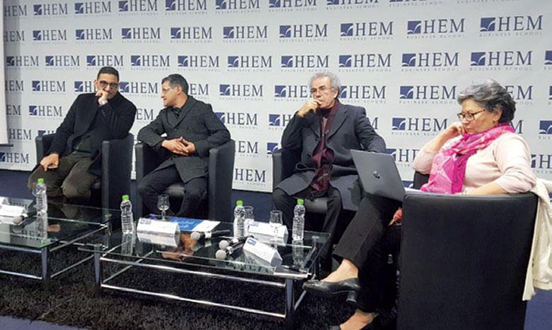 Les partisans de l'égalité dans l'héritage exposent leurs arguments lors d'une rencontre à Casablanca