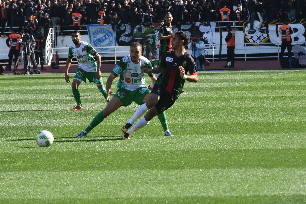 L'AS FAR s'impose face au Raja (2-1)