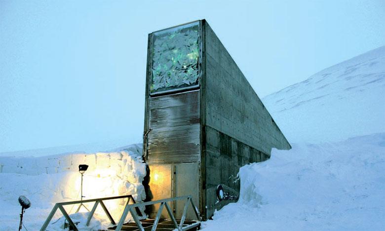 Creusée dans le sol gelé d'une île norvégienne, la Réserve de Svalbard abrite actuellement près d'un million de variétés de semences. Ph. DR