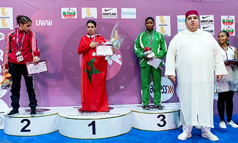 Dans une rencontre très disputée et applaudie par le public présent, la jeune lutteuse marocaine, Zineb Ech-chabki, a pris le dessus sur une championne égyptienne, indique la la Fédération royale marocaine de luttes associées. Ph : MAP