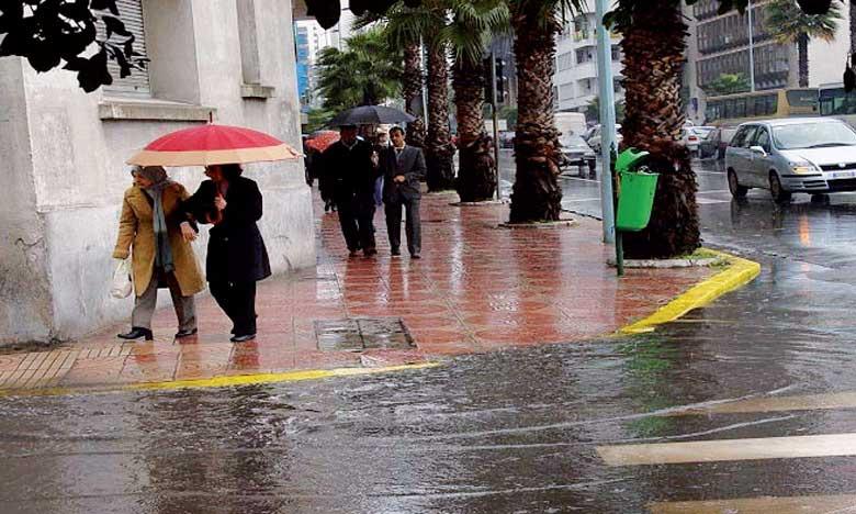 Averses orageuses modérées à localement fortes prévues ce mardi dans plusieurs provinces du Royaume