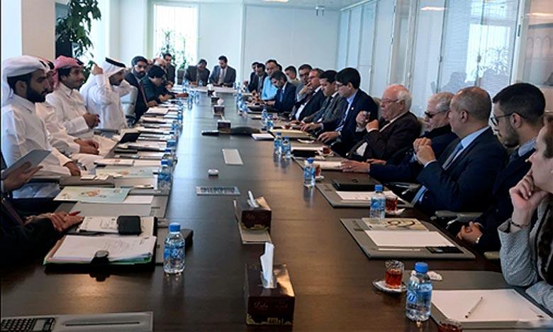 Les hommes d'affaires marocains et qataris examinent des propositions de projets de partenariat