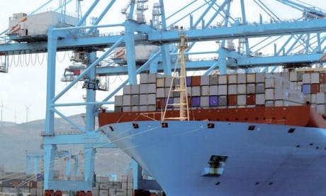 Maersk projette un bénéfice net en hausse pour cette année, avec une croissance de 3 à 4% du transport maritime de conteneurs.